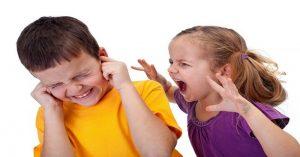 Už žiadna súrodenecká rivalita! Tajomstvá úspešného rodičovstva na výchovu súrodencov, aby navzájom vychádzali