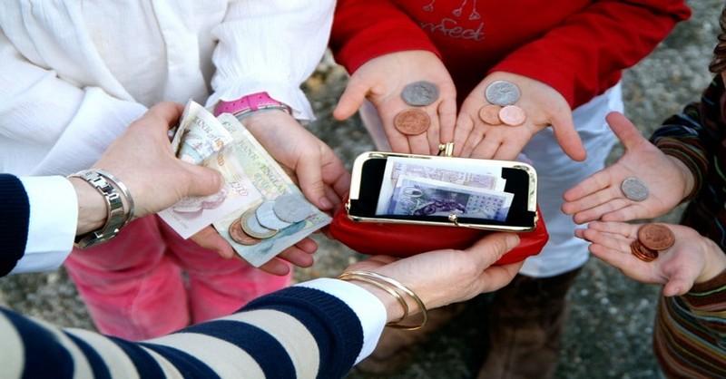 Systém domácich prác, ktorý vychováva deti k dobrým zvykom vo vzťahu k peniazom