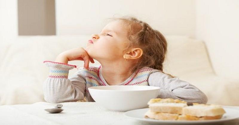 5 potravín, ktoré negatívne ovplyvňujú správanie detí a spôsobujú u nich výkyvy nálad