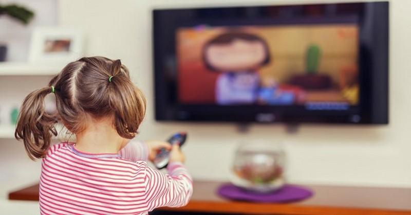 """""""Telka"""" verzus čítanie: Ako vplývajú na mozog vášho dieťaťa"""