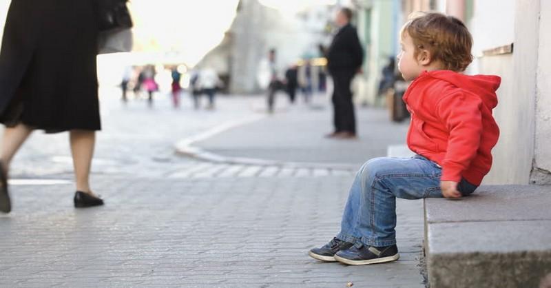 Viete, čo treba robiť, ak zrazu nikde nevidíte vaše dieťa?