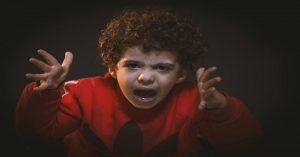 3 dôvody, prečo sa deti správajú čoraz horšie (a čo sa s tým dá robiť)