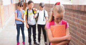 Prečo treba rozlišovať medzi šikanovaním a nevľúdnosťou