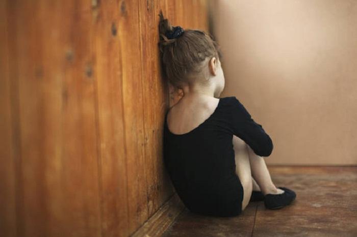 Odmietavý postoj rodičov (najmä otca) a jeho negatívny vplyv na dieťa