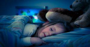 Prečo by ste nikdy nemali nechať dvere v detskej izbe pootvorené, keď deti spia