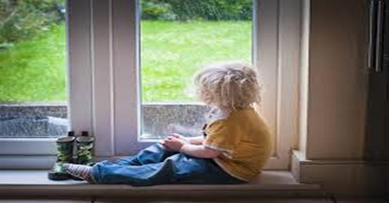 10 úžasných aktivít, ktoré môžete s dieťaťom vyskúšať počas daždivých dní